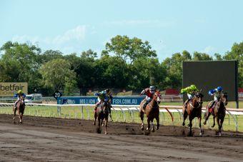 Race 2 Karmonaaron.2